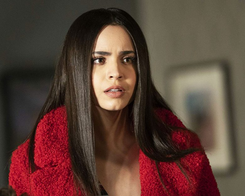 Sofia Carson som Ava Jalali i Pretty Little Liars: The Perfectionists (Freeform/HBO/Warner)