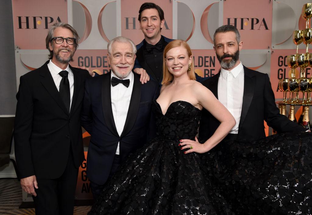 HBO-serien Succession vant Golden Globe for beste dramaserie. Her med Alan Ruck, Brian Cox, Nicholas Braun, Sarah Snook og Jeremy Strong - dessverre uten gladgutten Kieran Culkin (Michael Kovac/Getty)