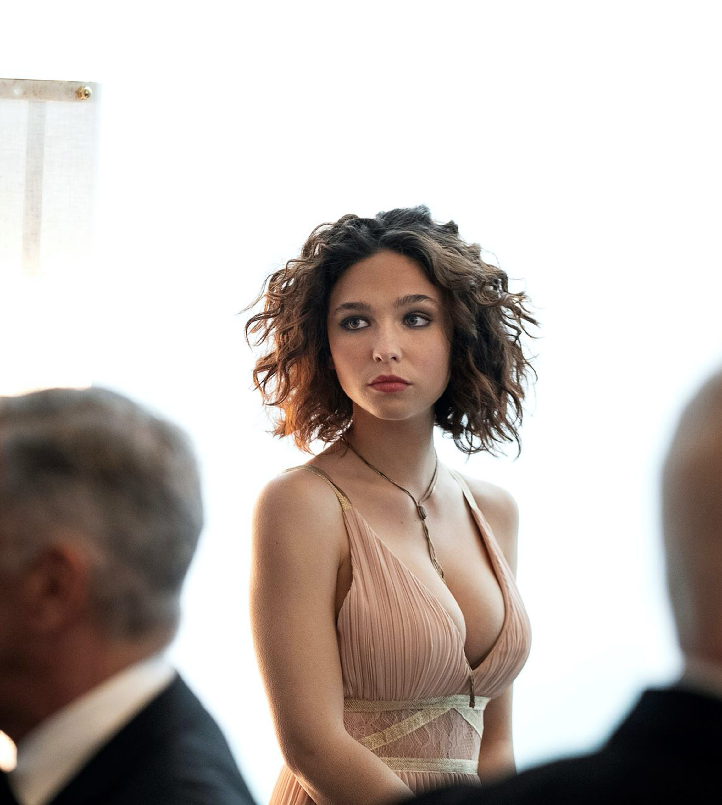 Italienske Matilda De Angelis som Elena Alves i The Undoing (HBO)