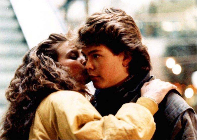 Pelle og Proffen-trilogiens Døden på Oslo S fra 1990 er en av klassikerne hos Nettkino: Helle Beck Figenschow som Lena og Håvard Bakke som Pelle (Norsk film)