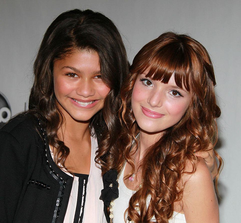 Barnestjernene Bella Thorne og Zendaya Coleman på Disney-event i Beverly Hills i 2010 (David Livingston/Getty)