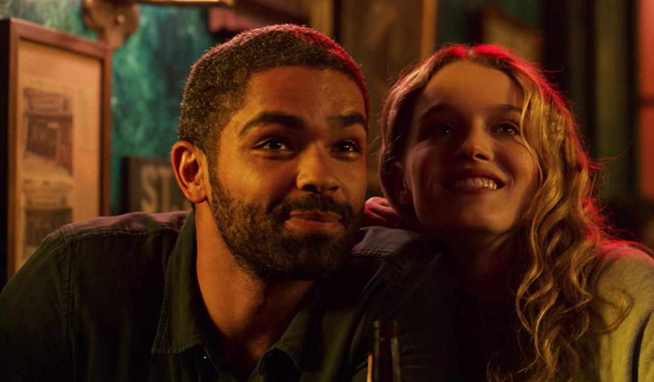 Kingsley Ben-Adir og Dana Drori (Hulu)