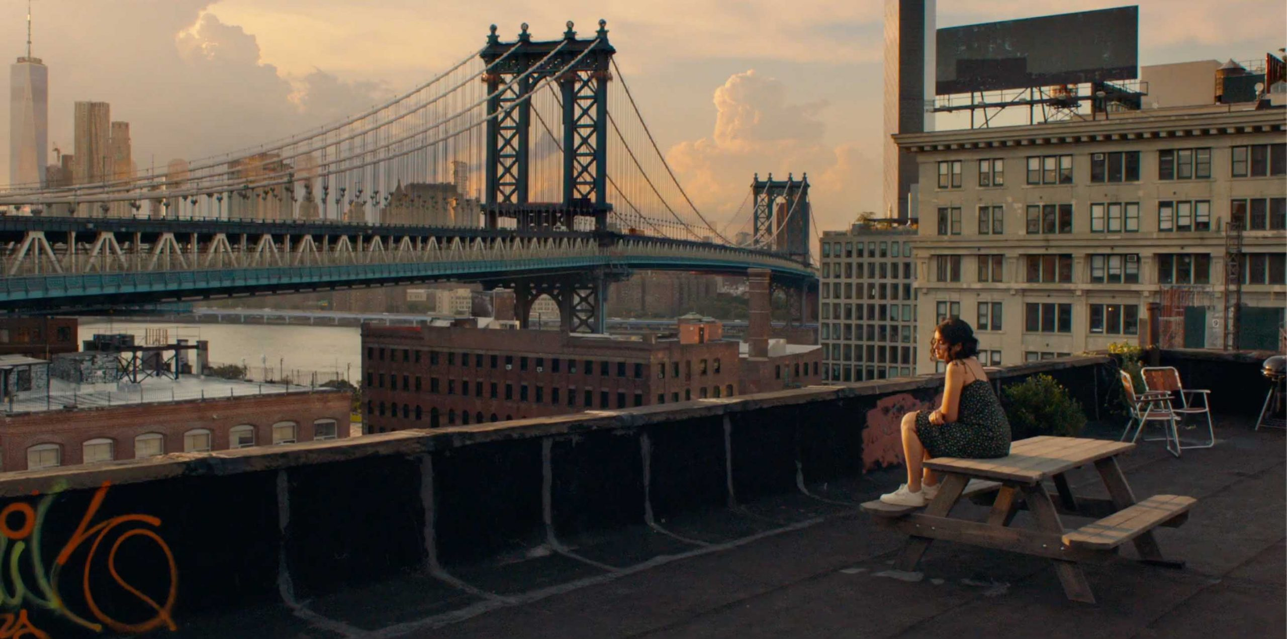 Rooftop-goals i NYC (Stage 6 Films/Sony Pictures)