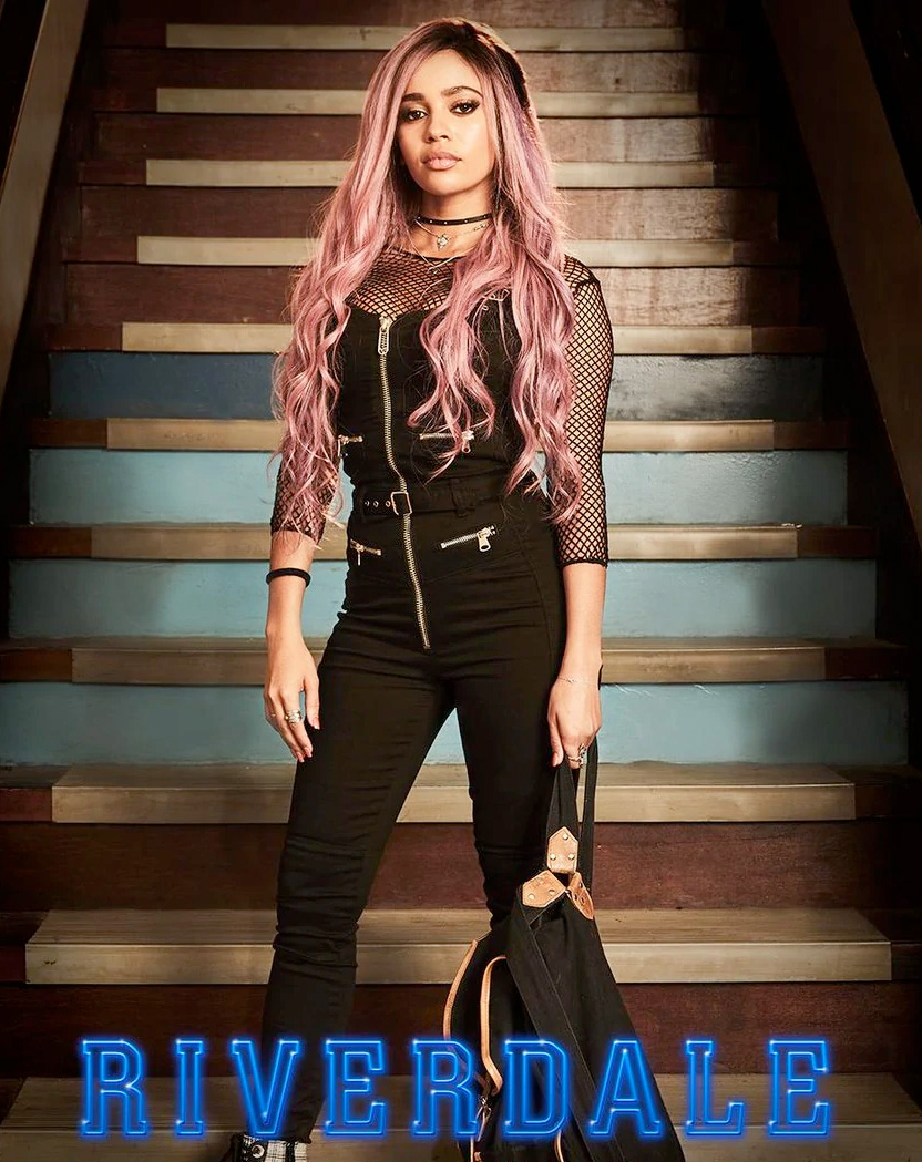 Vanessa Morgan som Toni Topaz i Riverdale (The CW)