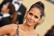 Halle Berry på Guild Awards på The Shrine Auditorium i Los Angeles i 2018 (Axelle/Bauer-Griffin/FilmMagic)
