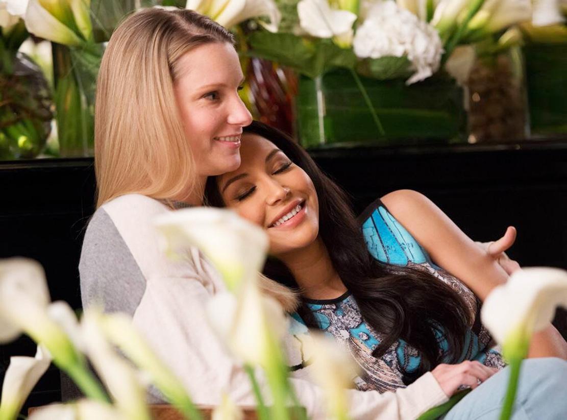 Heather Morris og Naya Rivera i Glee-episoden New Directions fra sesong 5 i 2014 (Fox)