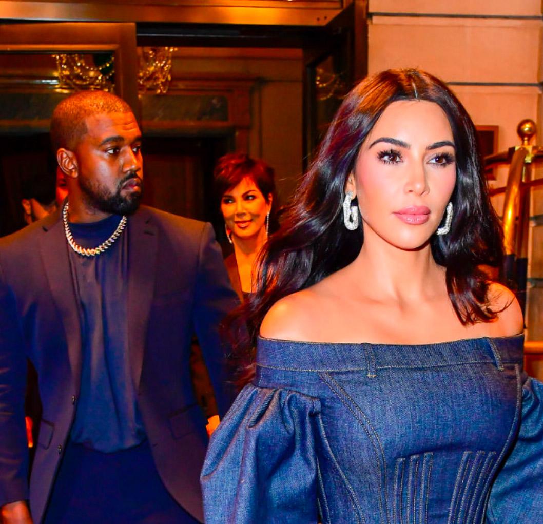 Kanye West, Kris Jenner og Kim Kardashian i New York i november 2019 (Raymond Hall/Getty)