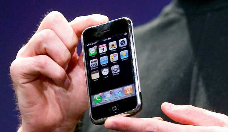 iPhone 1 fra 2007 står sentralt i denne Stephen King-historien (Kim Kulish/Corbis/Getty)