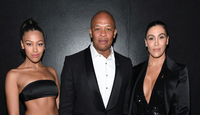 Truly Young, Dr. Dre og Nicole Young på Tom Ford AW20-visning på Milk Studios i West Hollywood i februar 2020 (Kevin Mazur/Getty)