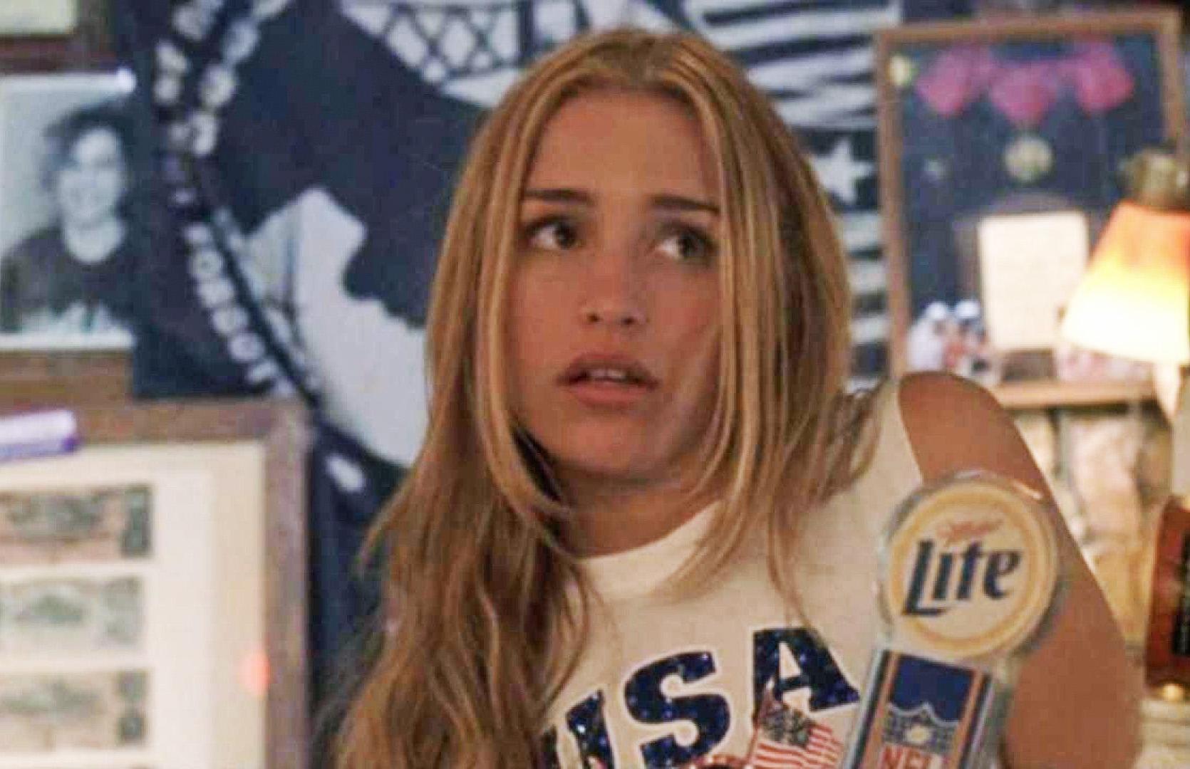 Piper Perabo bør vende tilbake som Violet i Coyote Ugly 2 (Touchstone/Buena Vista)