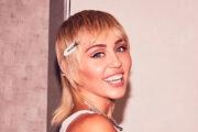 Miley Cyrus x Metallica (Instsgram/mileycyrus)