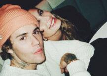 Justin Bieber med kona Hailey Bieber på et bilde han selv delte, hvor han ser bra ut (Instagram/justinbieber)