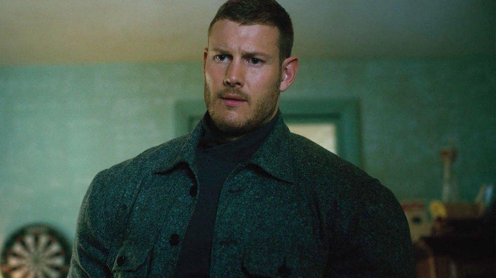 Tom Hopper som Luther Hargreeves alias Spaceboy alias Number One (Netflix)