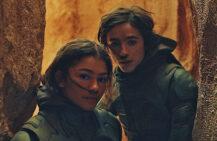 Zendaya som Chani, Timothée Chalamet som Paul Atreides alias Muad'Dib i Dune (SF Studios Norge/Legendary/Warner Bros.)