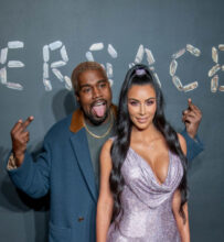 Kanye West og Kim Kardashian West på Versace 2019-visning (Roy Rochlin/Getty)