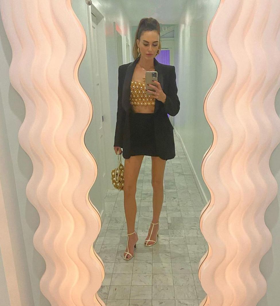 Elizabeth Chambers (instagram/elizabethchambers)