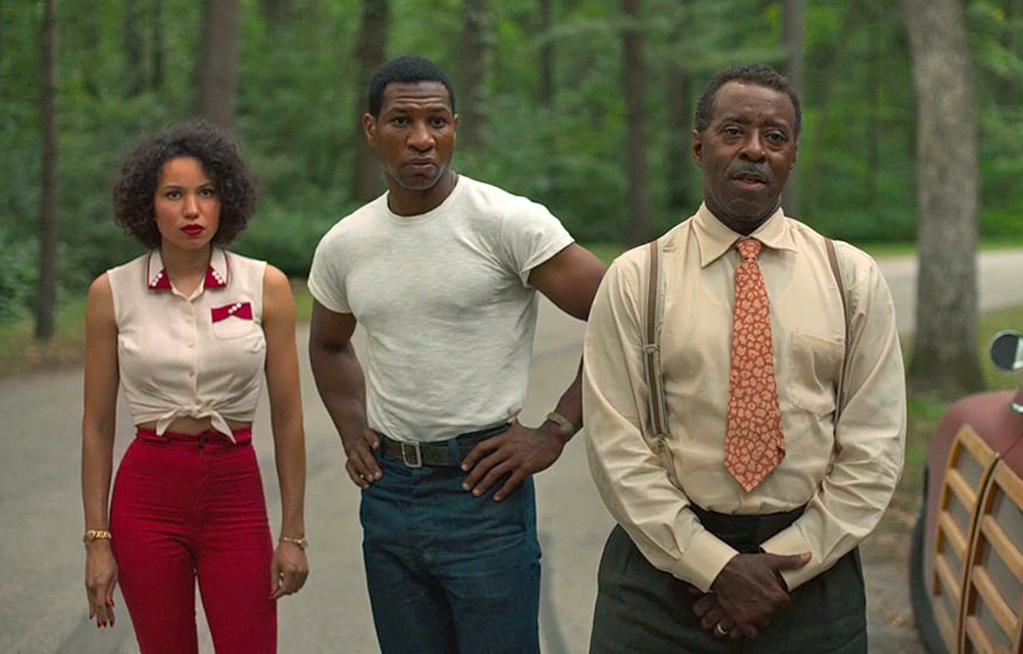 Jurnee Smollett, Jonathan Majors og Courtney B. Vance i Lovecraft Country (HBO Max)