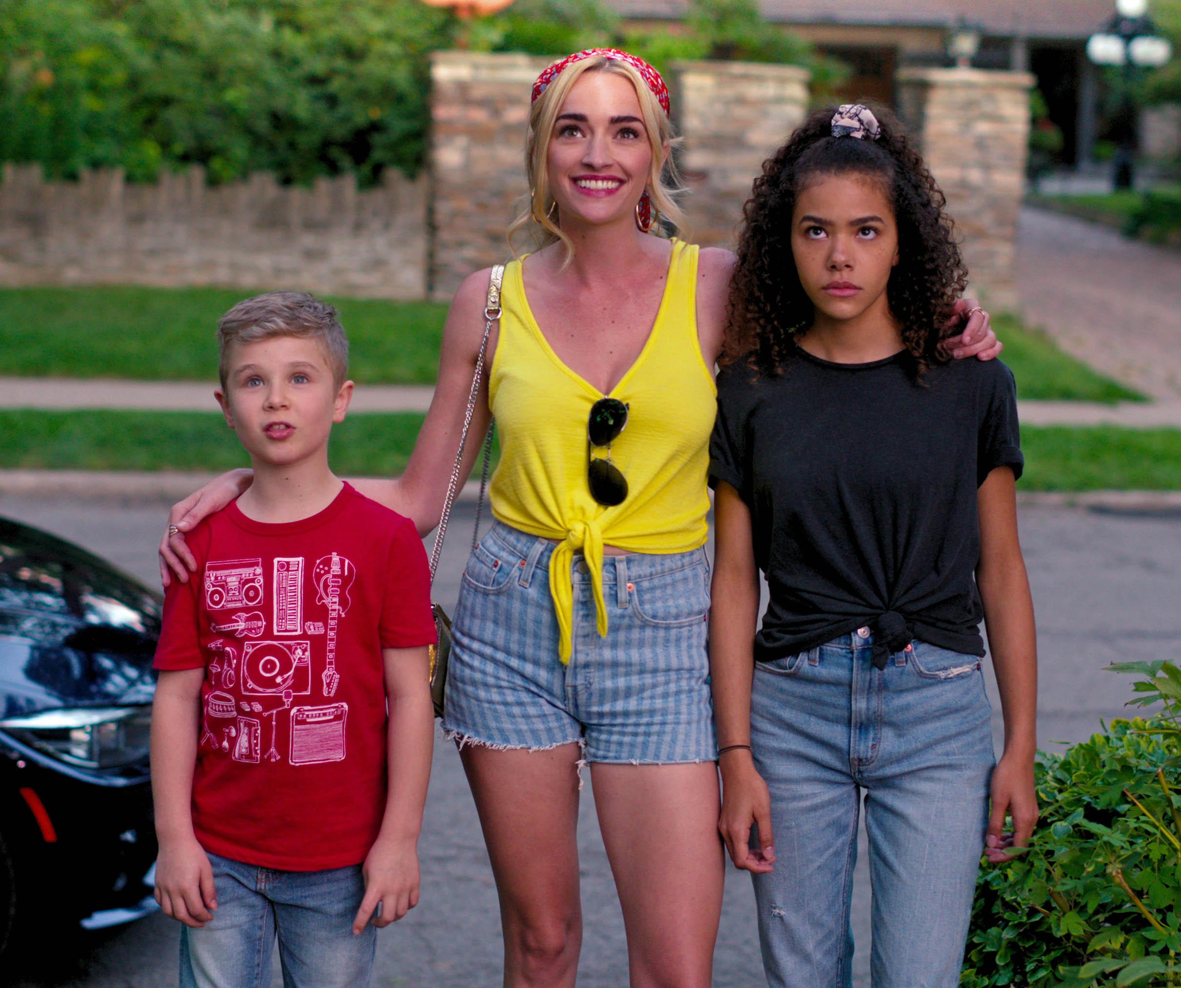 Diesel La Torraca, Brianne Howey og Antonia Gentry i Ginny & Georgia (Netflix)