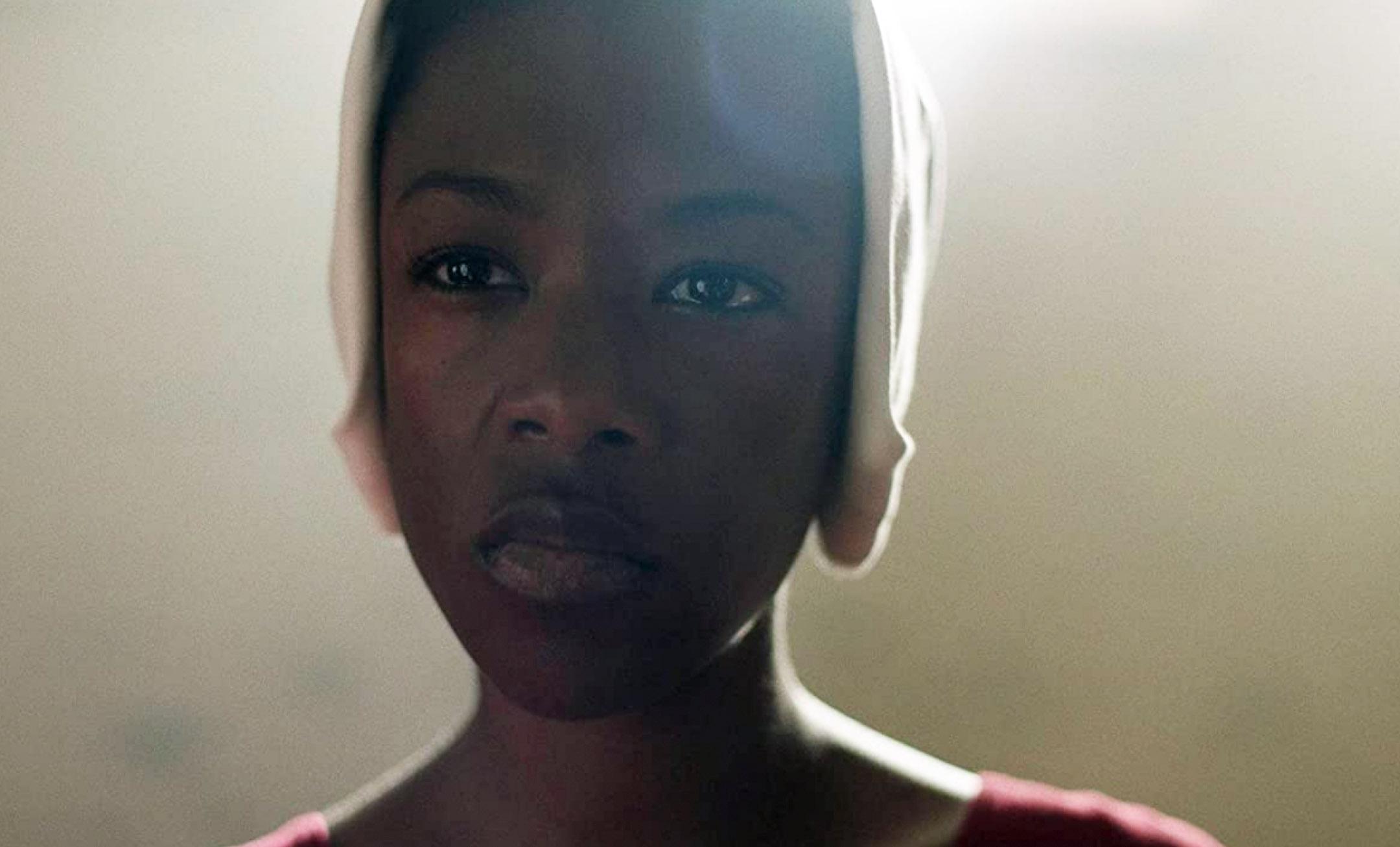 Samira Wiley som Moira Strand (Hulu)