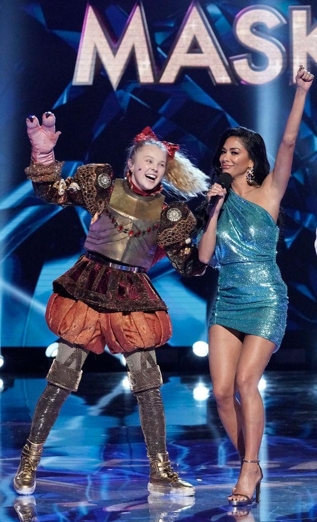 JoJo Siwa og Nicole Scherzinger på Maskorama alias The Masked Singer (FOX/Getty)