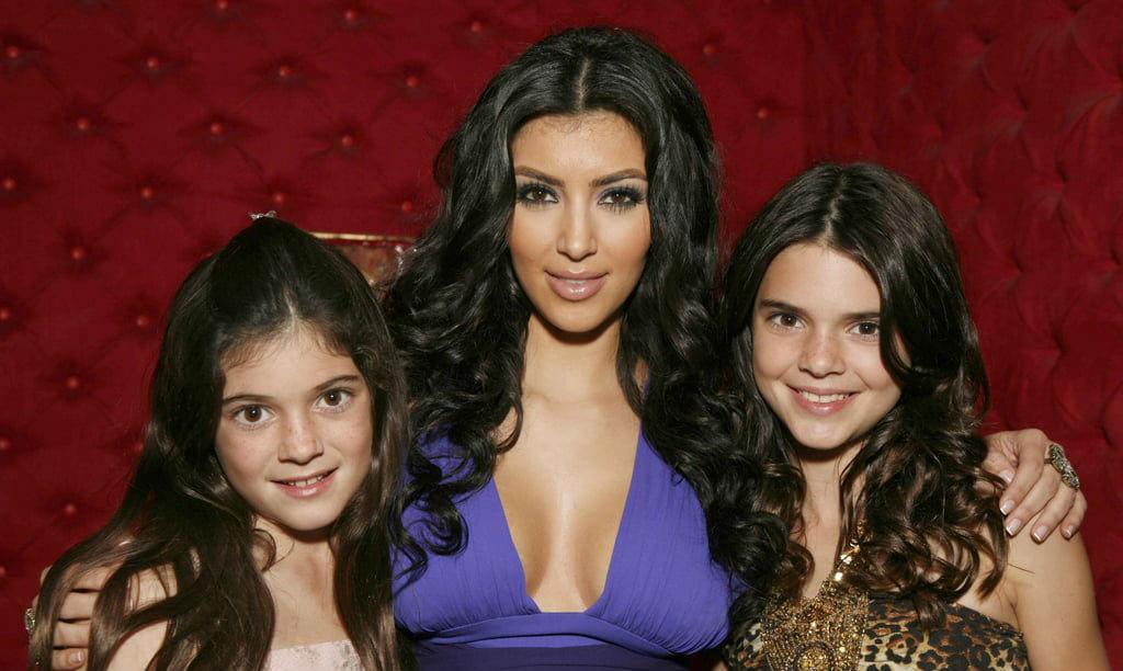 Kylie Jenner, Kim Kardashian og Kendall Jenner i 2007 (Jeff Vespa/WireImage)