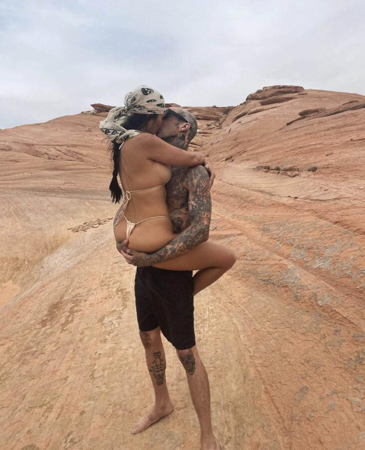 Kourtney Kardashian og Travis Barker (Instagram/kourtneykardash)