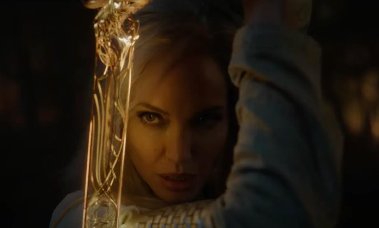 Første glimt av Angelina Joliesom Thena i Eternals (Marvel/Disney)