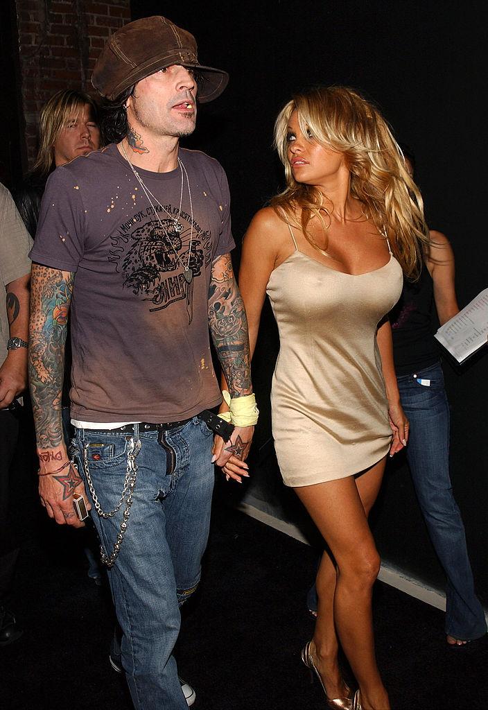 Tommy Lee and Pamela Anderson på fest i Hollywood i 2005 (Jean-Paul Aussenard/WireImage)