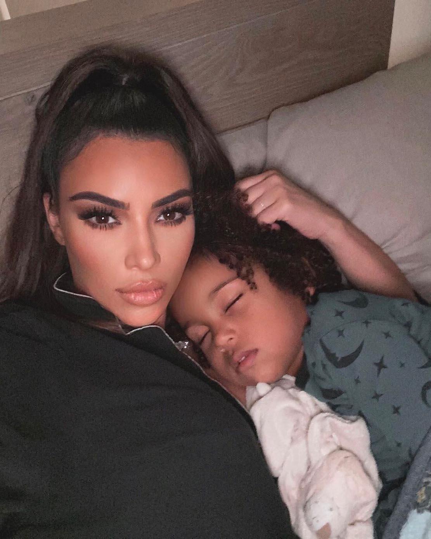 Kim Kardashian og Saint West (Instagram/kimkardashian)