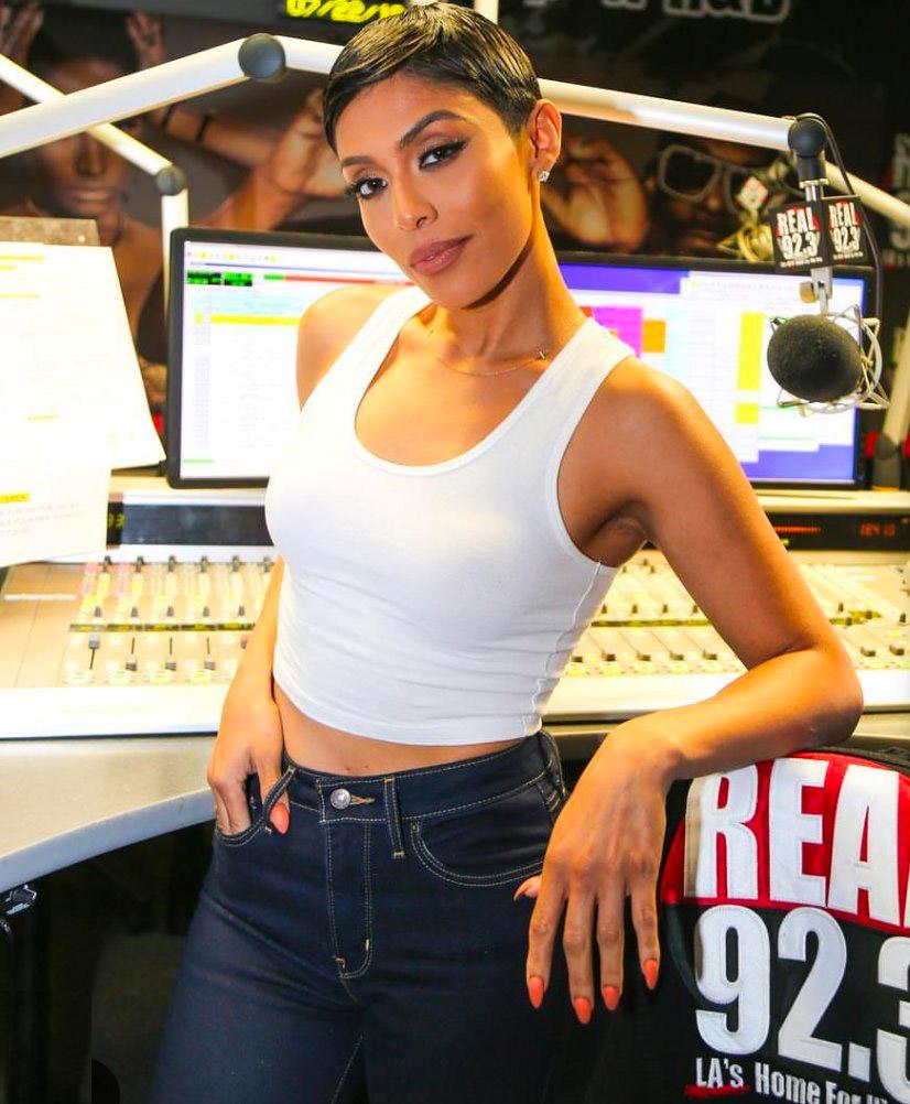 Abby De La Rosa (Real 92.3 FM)