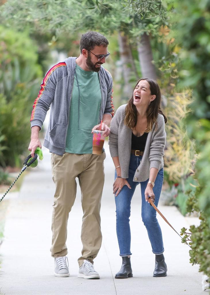 Ben Affleck og Ana de Armas i Los Angeles i juli 2020 (Bauer-Griffin/GC Images)