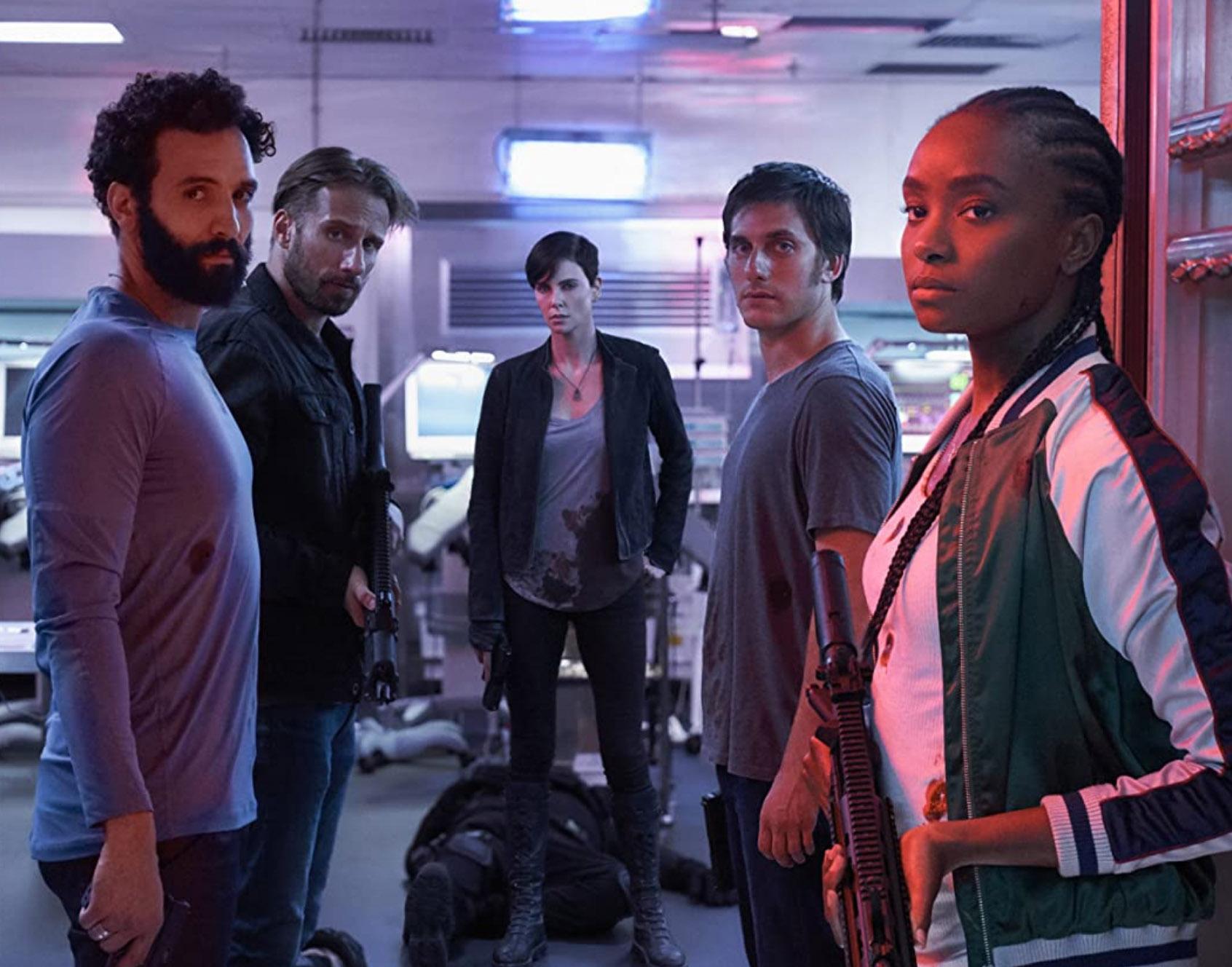 Charlize Theron,Matthias Schoenaerts,Luca Marinelli,Marwan Kenzari ogKiKi LayneiThe Old Guard (Netflix)