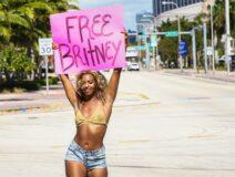 Free Britney #FreeBritney Oslo Norge amerikanske ambassaden US Embassy 2021