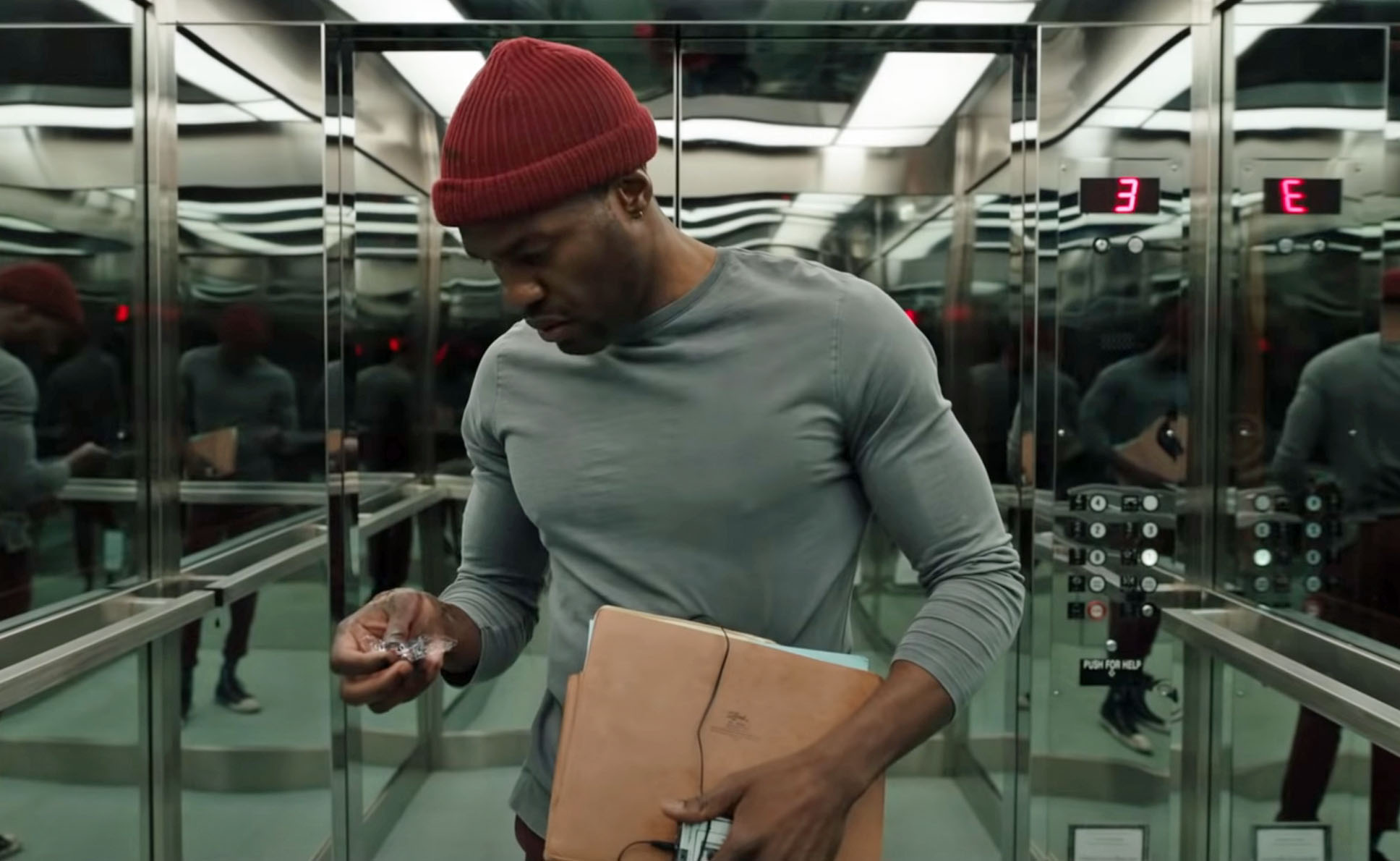 Yahya Abdul-Mateen II som Anthony McCoy i Candyman anno 2020 (Universal Pictures)