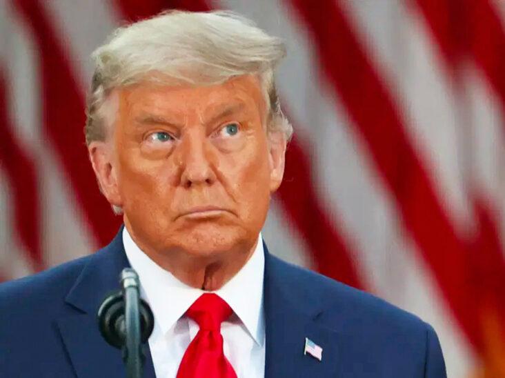 Donald Trump utenfor Det hvite hus(et) 13. november 2020; hans første møte med pressen etter at han tapte valget uken i forkant (Tasos Katopodis/Getty)