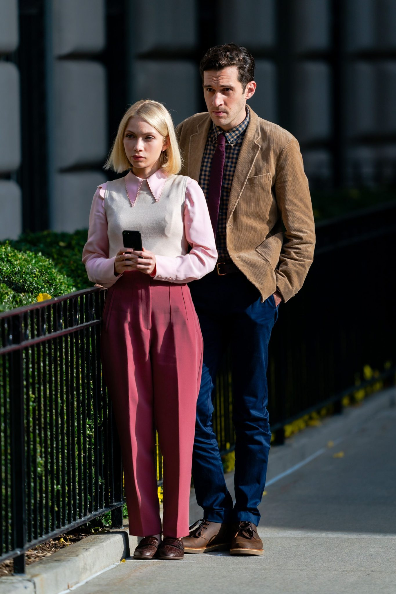 Norsk-amerikanske Tavi Gevinson som Kate Keller i GG - med Adam Chanler-Berat som spiller i serien (Gotham/Getty)