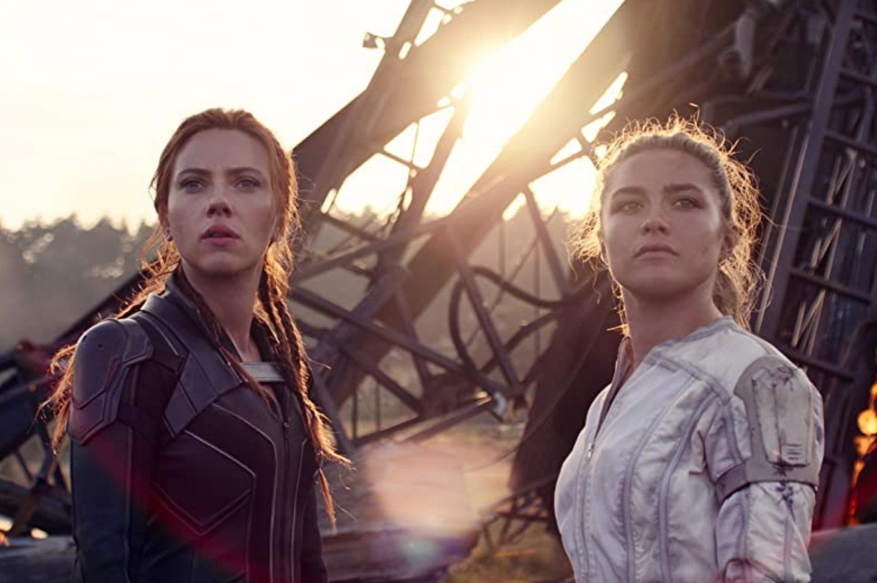 Florence Pugh som Yelena Belova og Scarlett Johansson som Natasha Romanoff (Marvel/Disney)