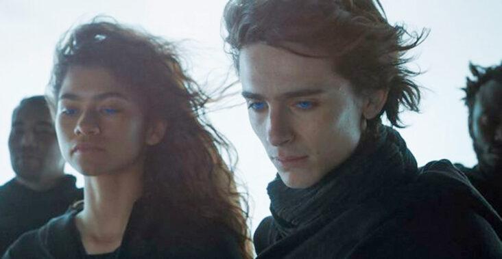 Zendaya Maree Stoermer Coleman som Chani, Timothée Chalamet som Paul Atreides i Dune (SF Studios Norge/Warner Bros.)