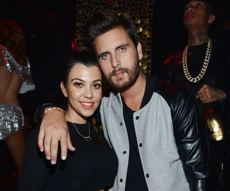 Scott Disick Kourtney Kardashian DM Younes Bendjima Travis Barker Instagram message Italy