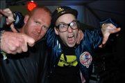 DJ HERKULES MED SVENSKE MASKINENS STØRSTE GLADGUTT (FOTO: 730)