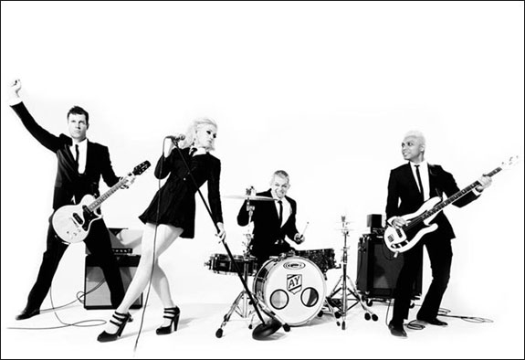 NO DOUBT (INTERSCOPE/UNIVERSAL)