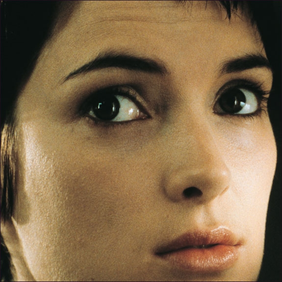 STICKY FINGERS-WINONA FRA GIRL, INTERRUPTED (COLUMBIA PICTURES)
