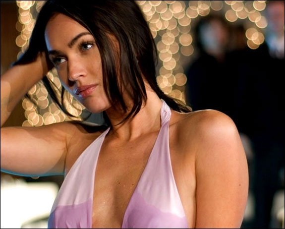 MEGAN FOX I HOW TO LOSE FRIENDS & ALIENATE PEOPLE (SCANBOX/PARAMOUNT)