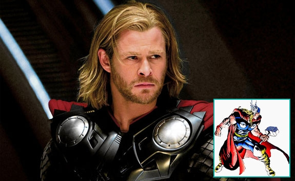 CHRIS HEMSWORTH SOM THOR MED HAMMER'N (MARVEL/DISNEY)