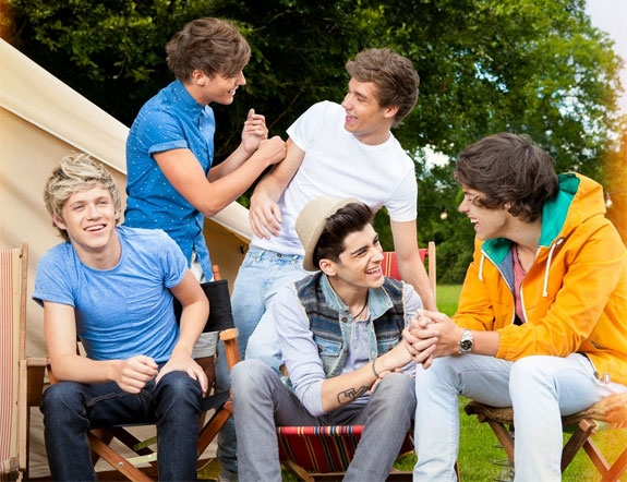 1D: NIALL, LOUIS, LIAM, ZAYN, HARRY (SONY)