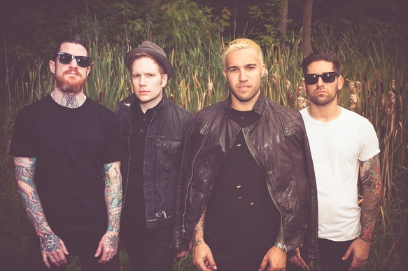 FALL OUT BOY ANNO 2015 (UNIVERSAL/ISLAND RECORDS)