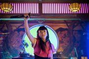 SAMURAI-STJERNEN KIKI SUKEZANE SOM MIKO OTOMO (NBC)