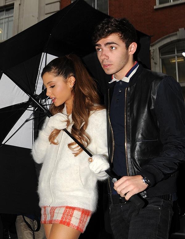 The post Her er alle eksene til Ariana Grande ♥ appeared first on Til tross for ryktespredning og drama, begynte kranglefantene å date igjen tidlig i.